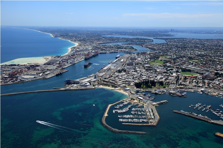 Aerial-view-of-Fremantle-Photo-Alan-Deveaux-4